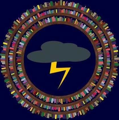 biblioteca con nuvola temporalesca